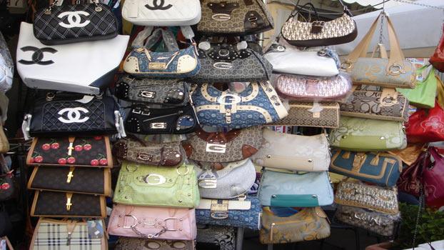 fake-purses-bangkok-thailand.jpg?w=640